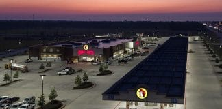 buc-ee's in katy, tx at night