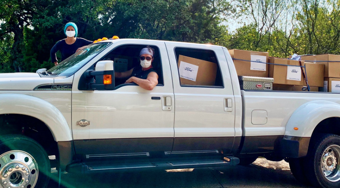 matthew mcconaughey camila alves donating face masks to hospitals texas